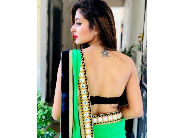 call girls in delhi 7289917989