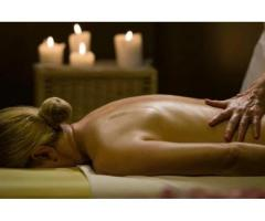 SENSUAL AND EROTIC MASSAGE FOR WOMEN ON THEIR BEDS IN THEIR HOME
