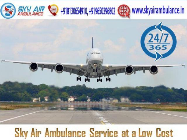 Select Air Ambulance from Delhi with Developed Medical Aid
